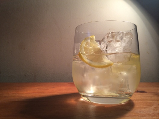 Dry vermouth - ice and lemon